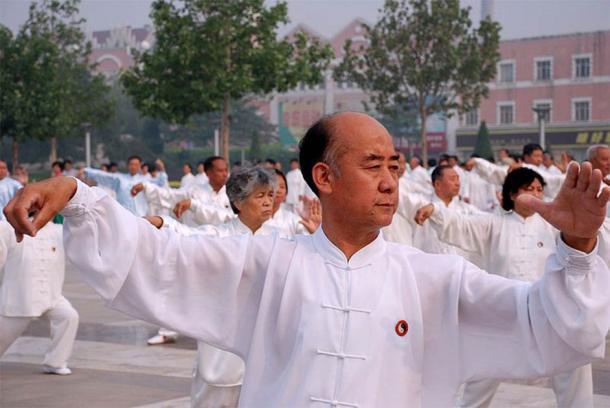 Les arts du Qigong et du Tai chi visent à équilibrer les qualités Yin et Yang du cerveau et du corps. (SONGMY/CC PAR 2.5)