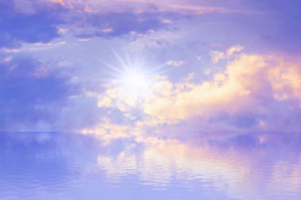 Dans la Bible, le Dieu chrétien a apporté l'eau et la lumière à la terre par la puissance de la parole. (Artbaggage / Adobe Stock)
