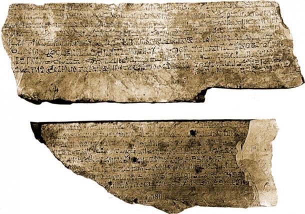 Ostracon CG 25216, un des plus gros ostracon jamais trouvé. Trouvé en 1886 dans la tombe de Sennedjem (Deir el-Medina, tombeau n°1), aujourd'hui au Musée égyptien du Caire, il est brisé en deux morceaux, un côté contient l'histoire de Sinuhe et l'autre une lettre privée. (Georges Daressy / Domaine public)