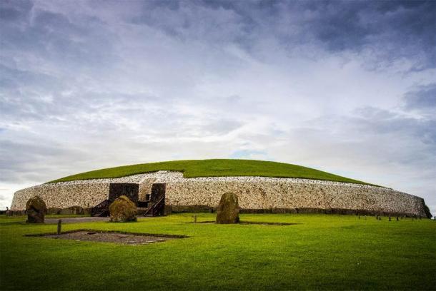 Newgrange, Boyne Valley, Irlande. (Yggdrasill /Adobe Stock)