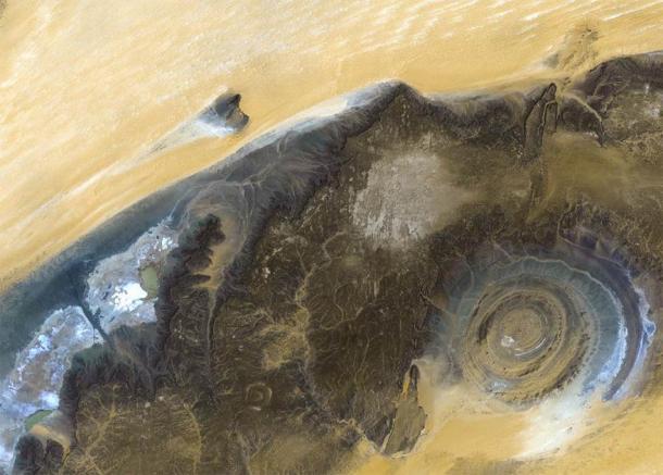 La structure Richat du satellite Landsat. Éléments de cette image fournis par la NASA. (voran /Adobe Stock)