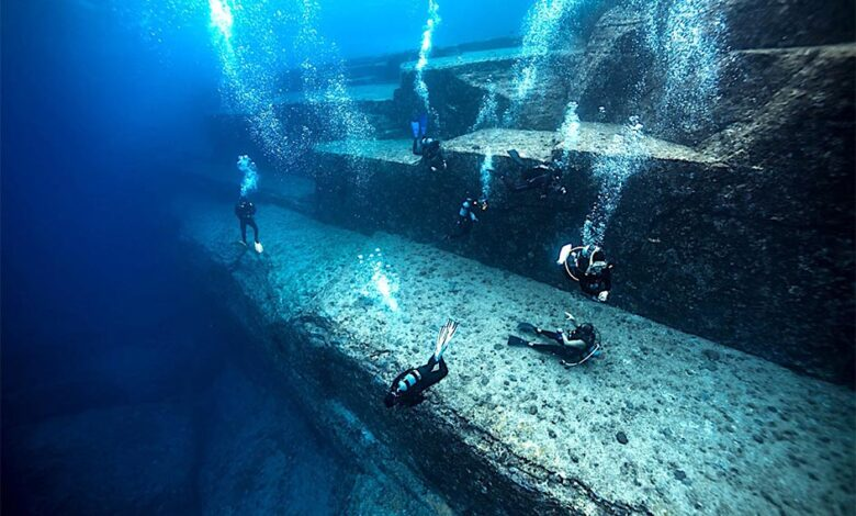 The mystique of megalithic Japan is largely misunderstood, and it seems that the government does not care to find out more. From Yonaguni to Ishi-no-Hoden, let's delve deeper into the unknown. Pictured: Divers inspecting the underwater site of Yonaguni in Japan. Source: nudiblue / Adobe stock