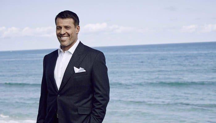 Tony Robbins - Meilleurs orateurs de motivation au monde
