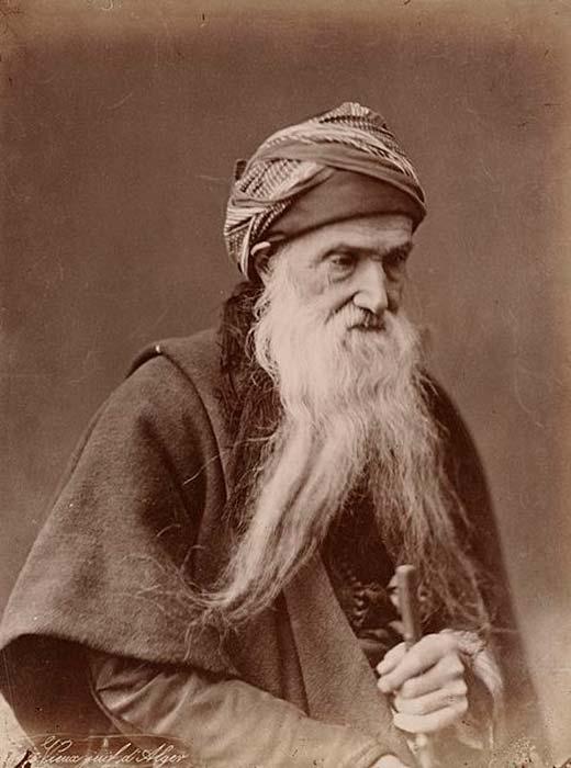 Juif sépharade d'Algérie, vers 1890. (Domaine public)