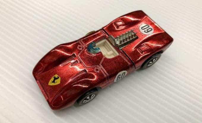 Les roues les plus chères - Ferrari 312P rouge 1970 (intérieur blanc)