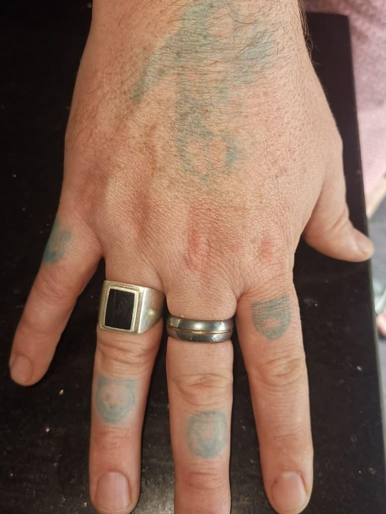 Encre bleue après suppression des pochoirs