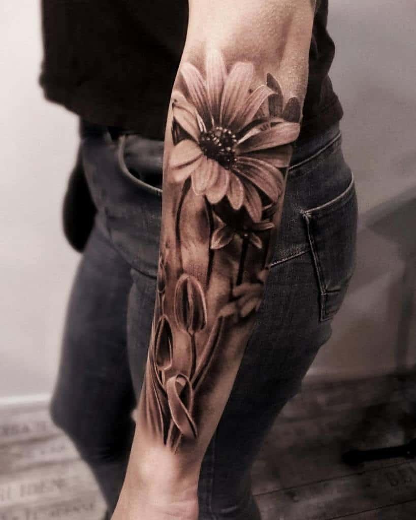 Tatouage réaliste de fleurs sur les manches glenpreece