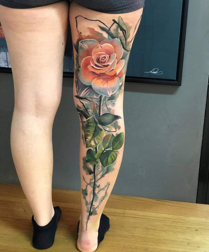 Tatouage de fleurs à l'aquarelle Tatouage de manches