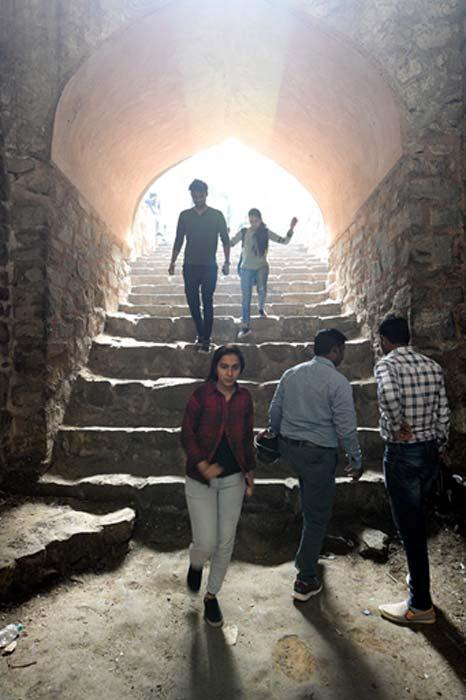 En bas des escaliers d'Agrasen ki baoli. (Ray_LAC / CC BY-SA 4.0)
