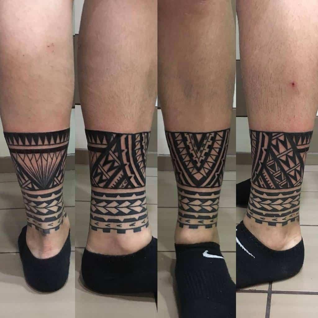 Petits tatouages tribaux de cheville anna_karagkouni