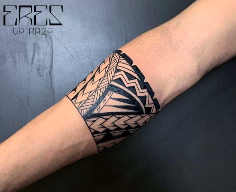 Petits tatouages tribaux polynésiens ereslarazatatattooer