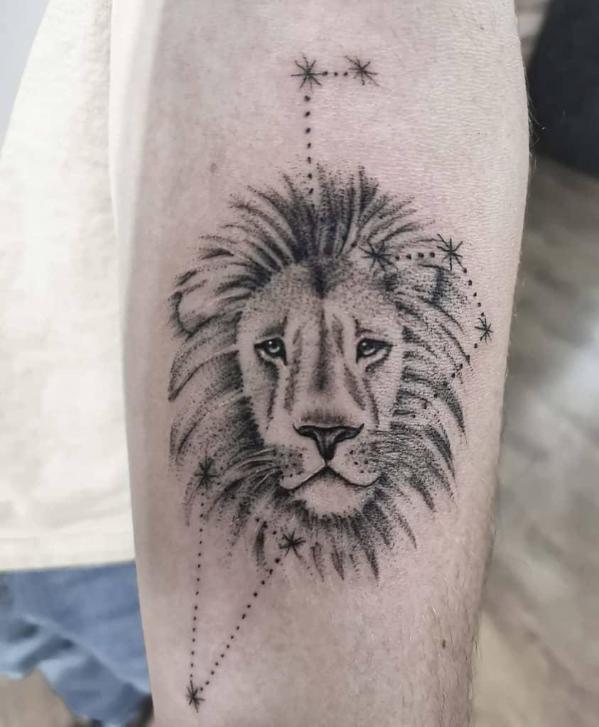 Tatouages du petit lion noir mackmander.ink