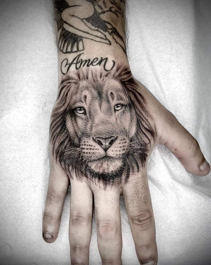 Tatouages de la main du petit lion sintatattoobar