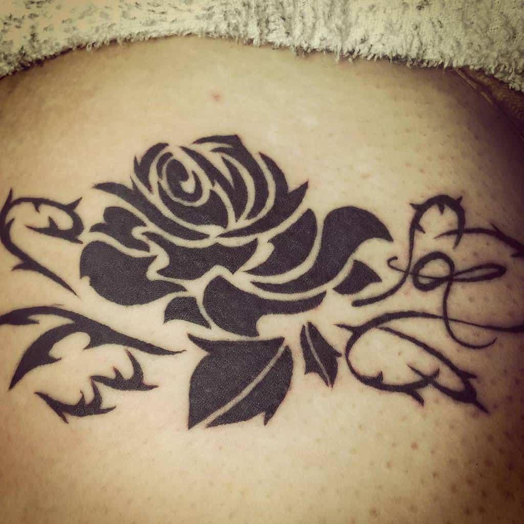 blackwork tribal rose tattoos horikei_hakodate