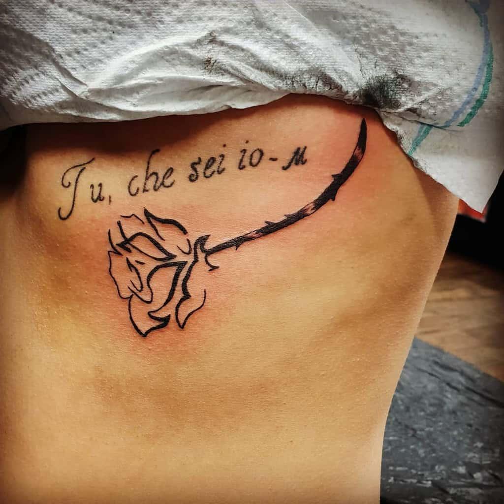 tatouages de roses tribales sur les épaules biddy_tattoo