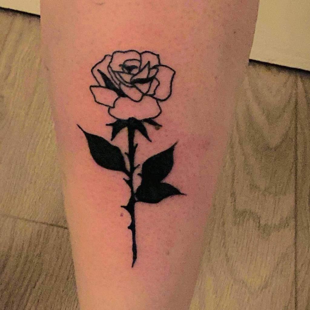 tatouages de roses tribales simples popstar_bowser