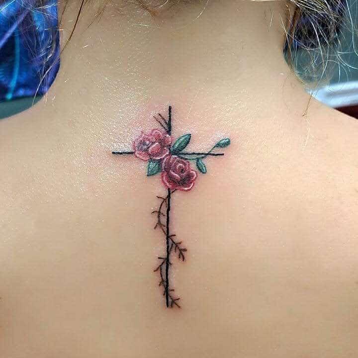 dos minuscule rose tatouages kornfed1985