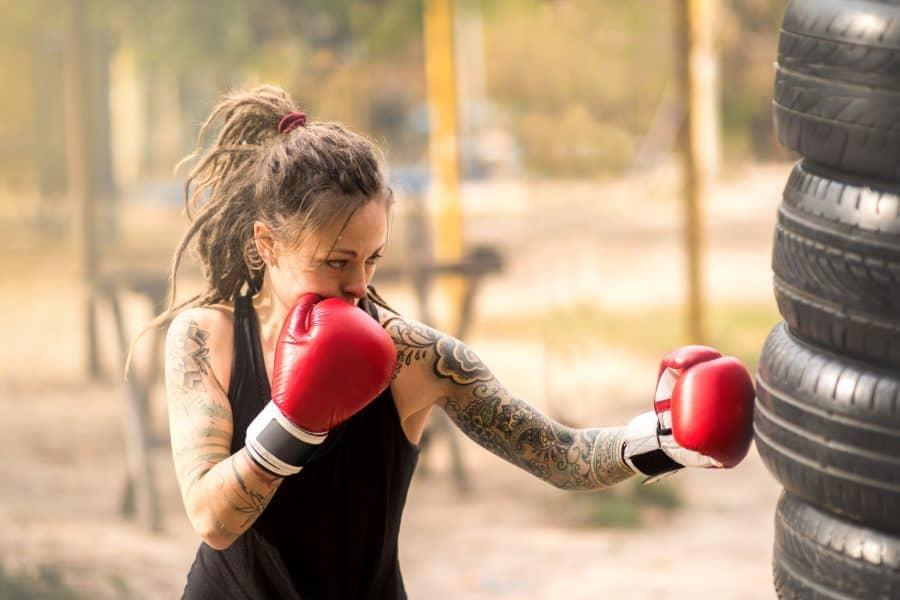 Tatouage_Femme_Boxing
