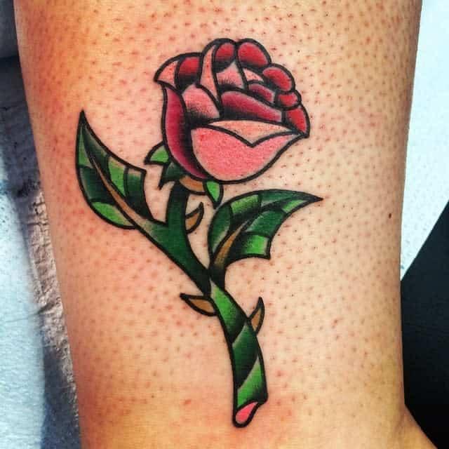beauté simple et la bête rose tatouages alissa_k