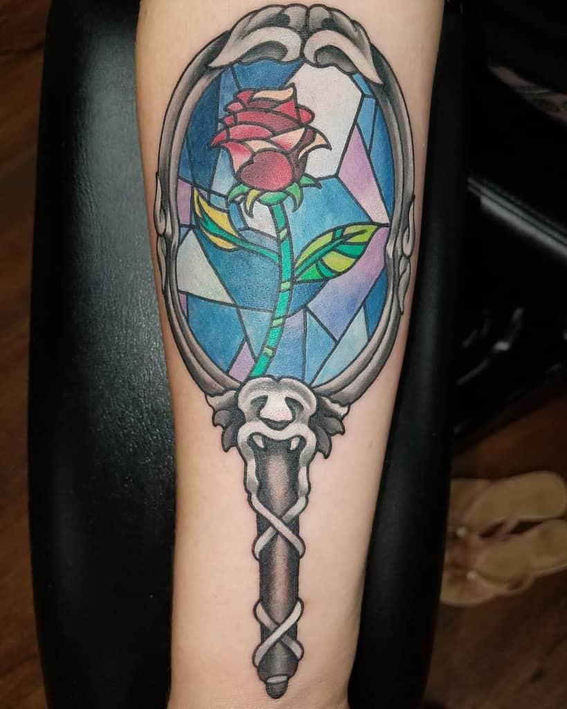 vitrail beauté et la bête rose tatouages freddy_payne