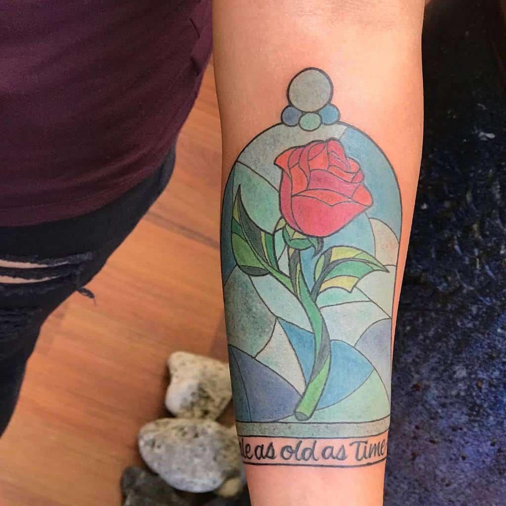 conte aussi vieux que la beauté du temps et la bête rose tatouages akimicoco