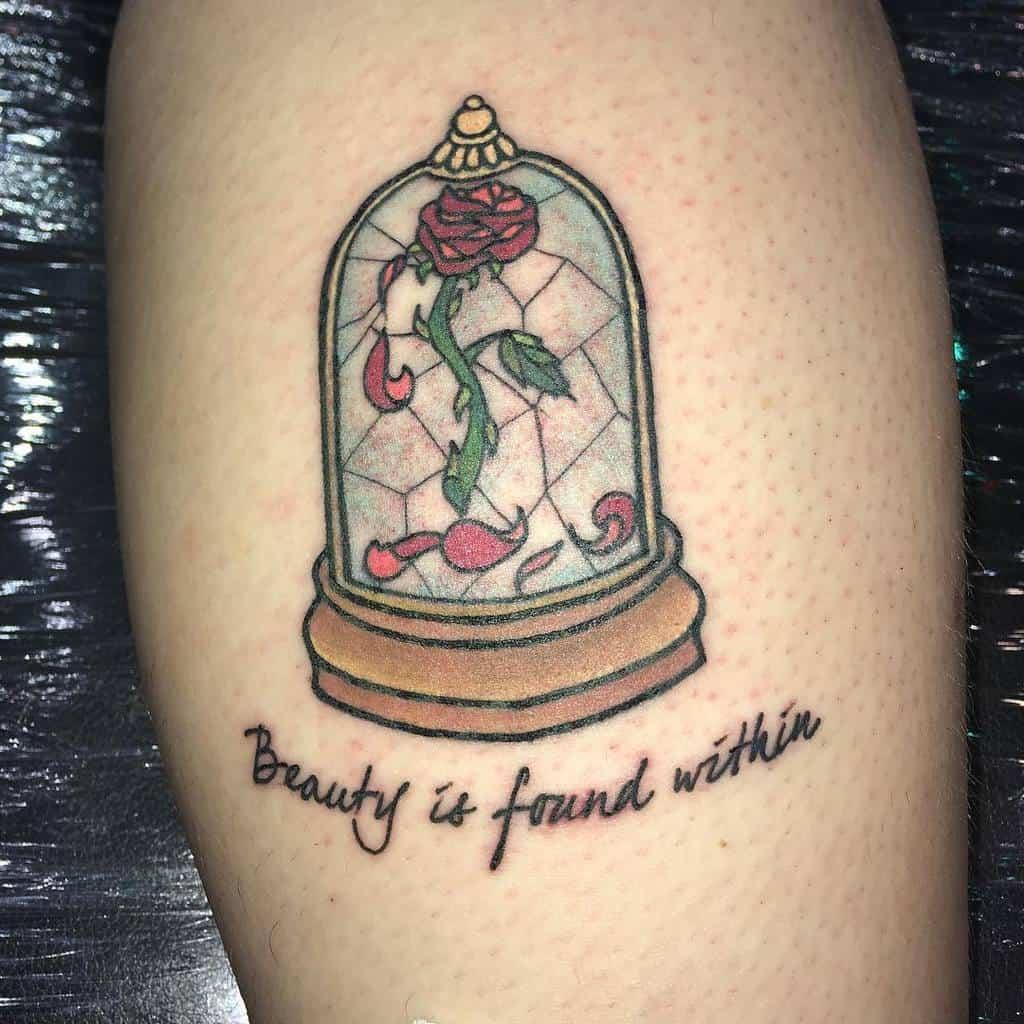 vitrail beauté et la bête rose tatouages koneko_103