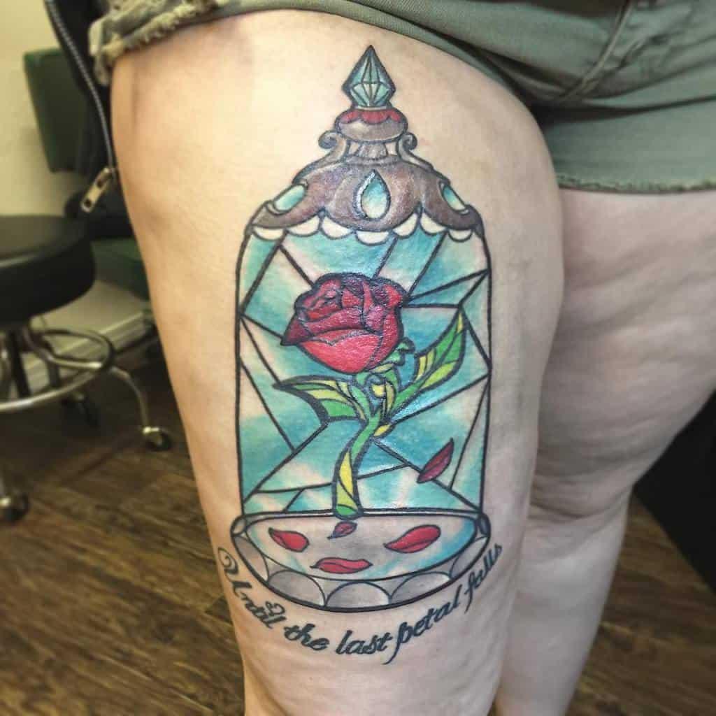 la beauté des cuisses et la bête rose tatouages naomivtattoos