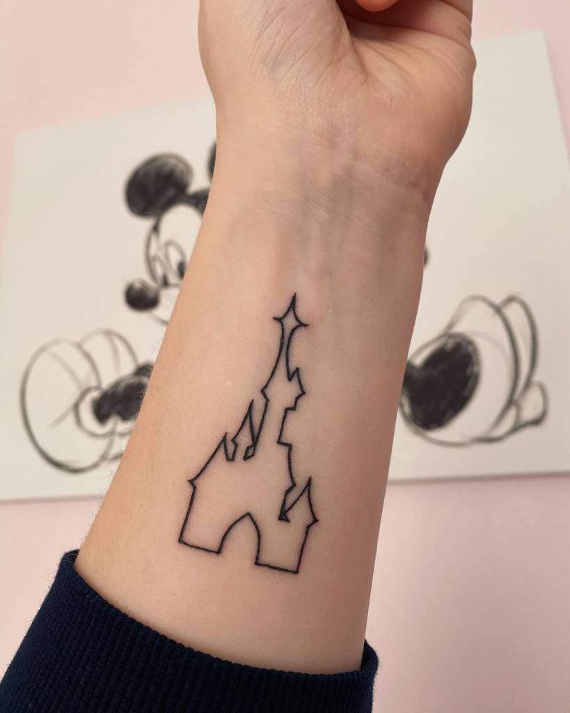 Petit château Disney Tatouages disney.eve