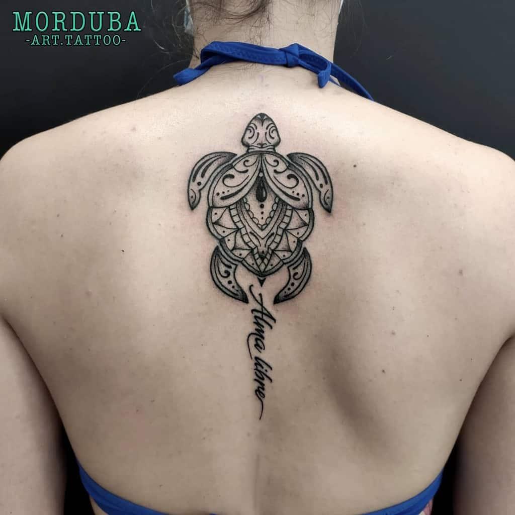 Tatouages de petites tortues tribales morduba.art.tattoo