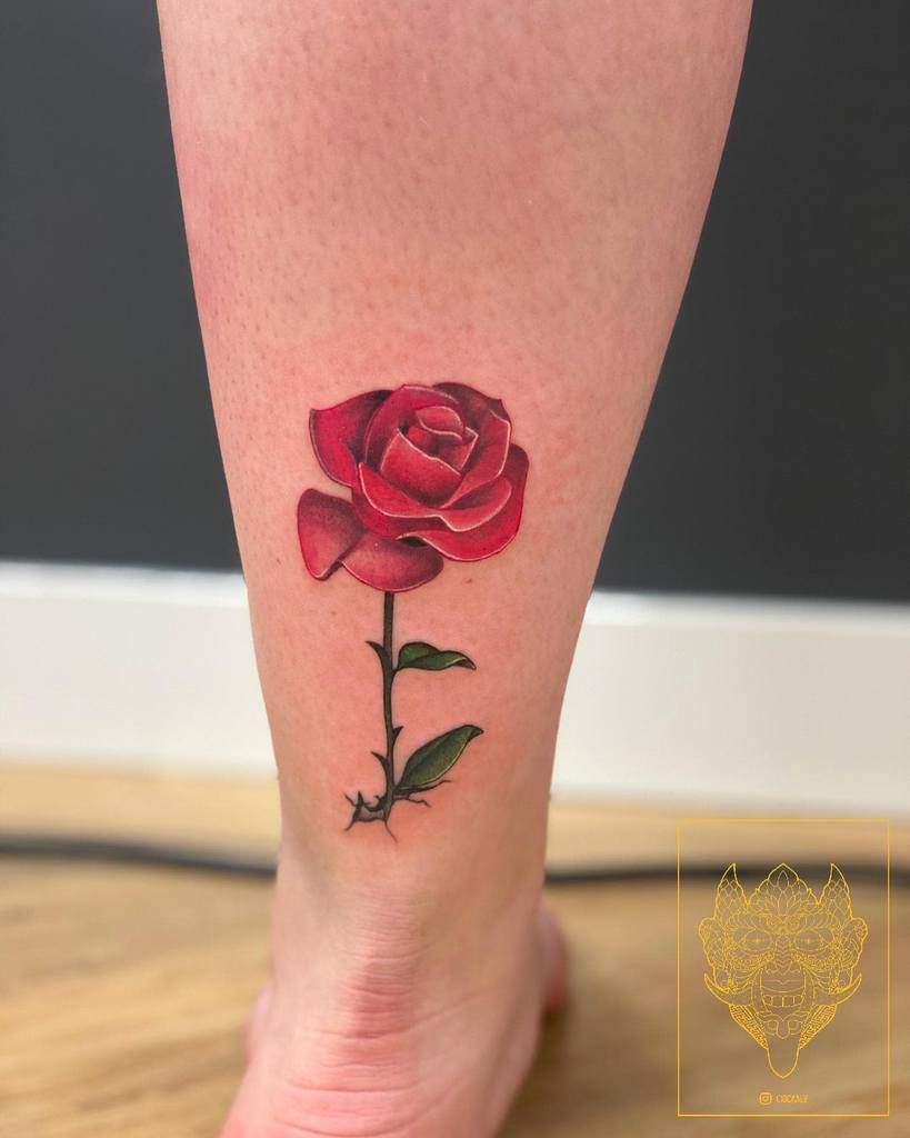 aquarelle simple rose tatouages cidcaalz