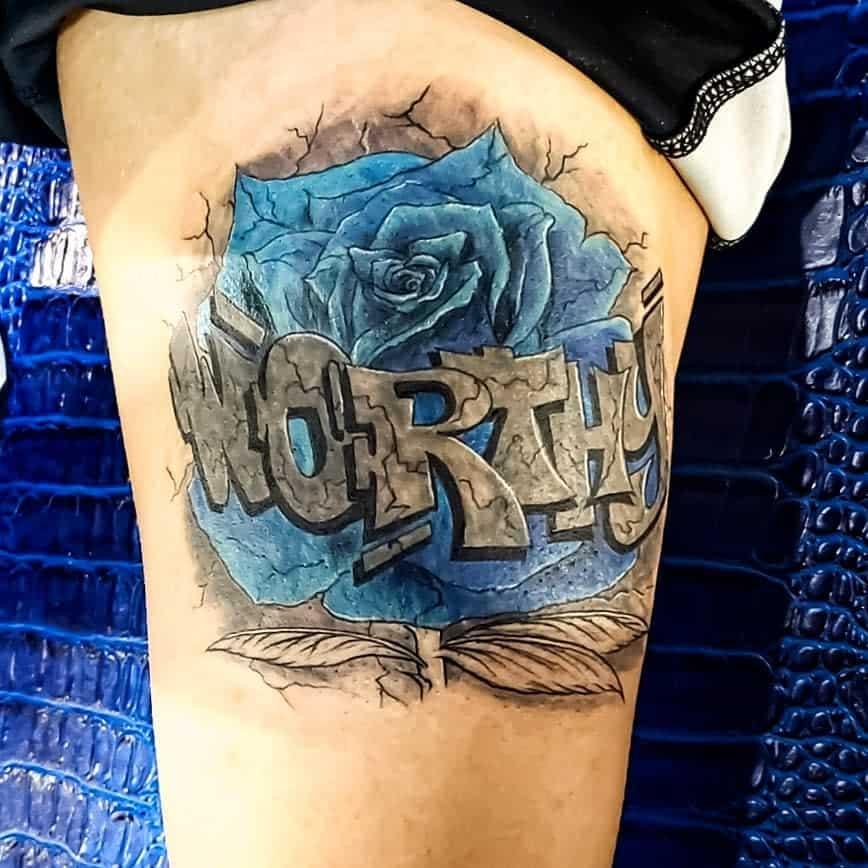tatouages de cuisses rose bleue jiggamantattoos
