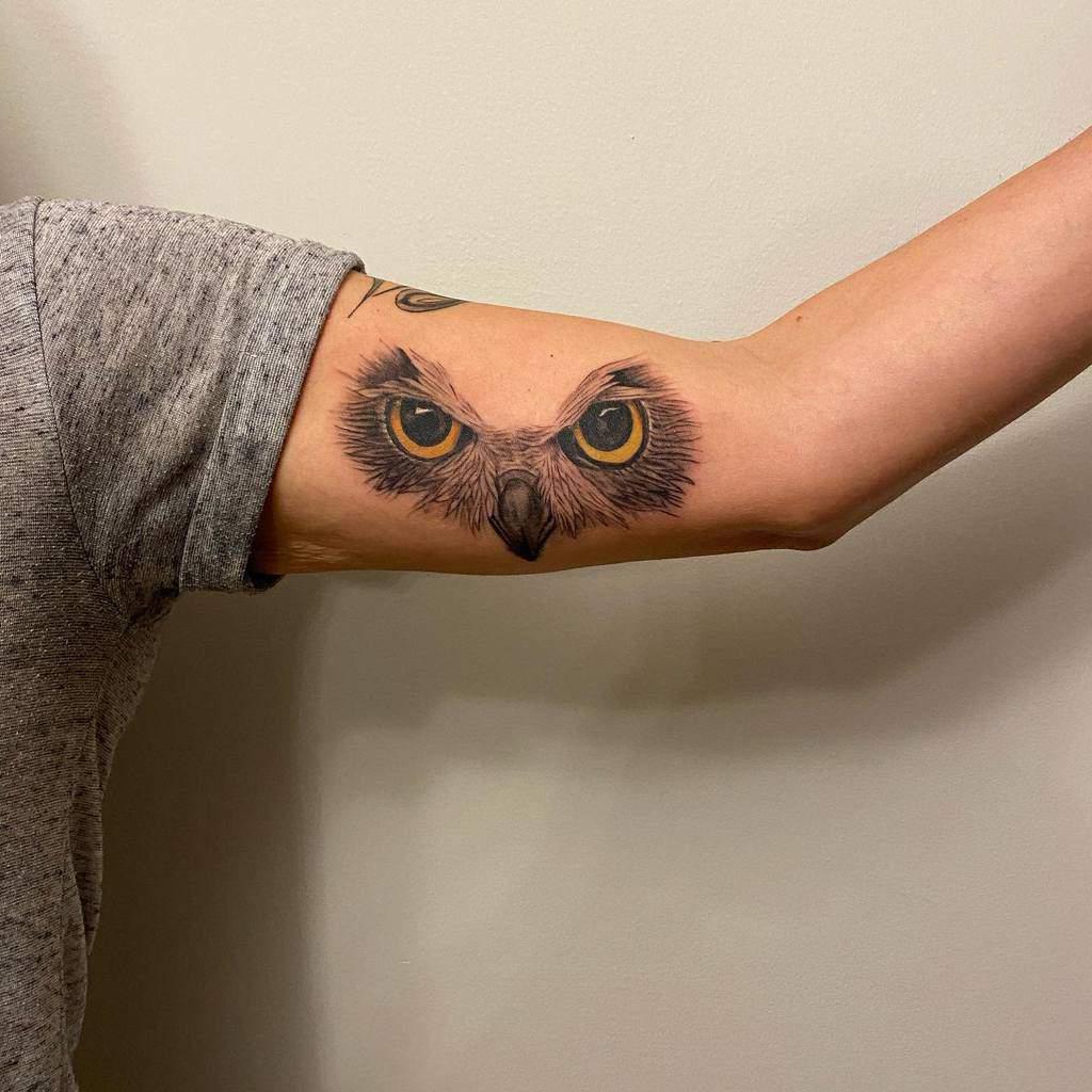 Tatouages du bras supérieur du petit hibou tats_by_tyler