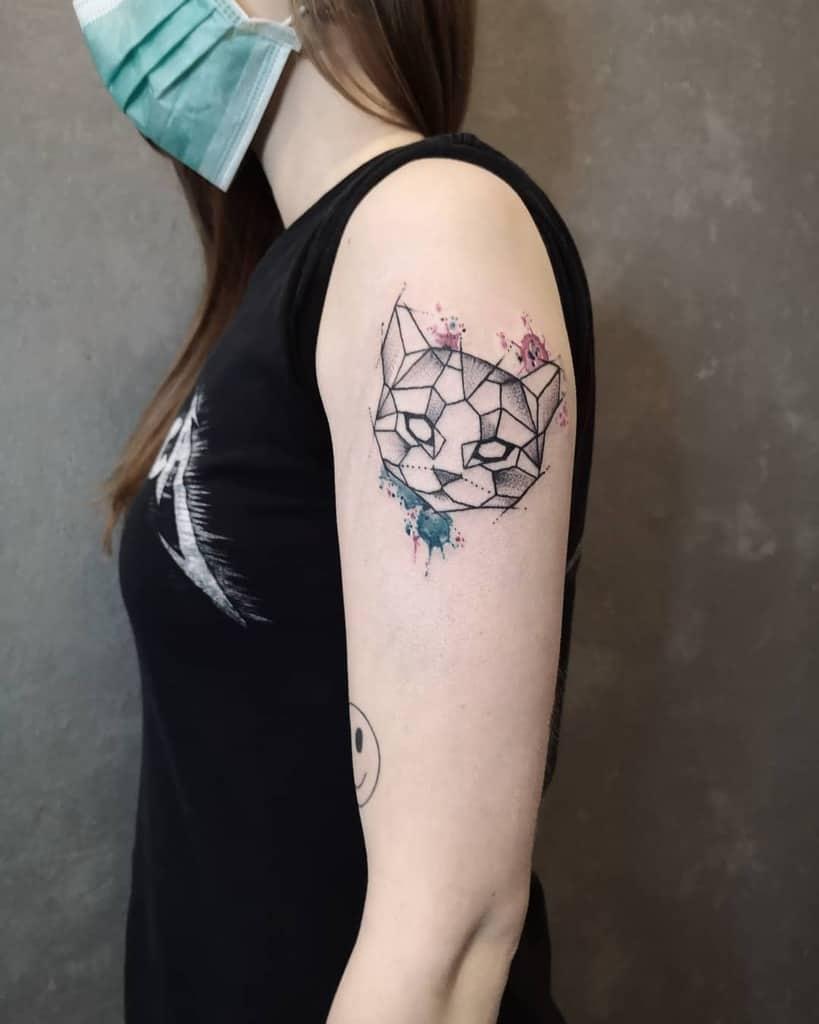 Tatouages de petits chats sur les bras reynink_tattoofuzi