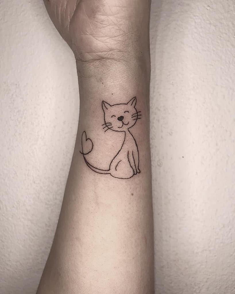 Tatouages de poignets de petits chats raianesoaresdelima