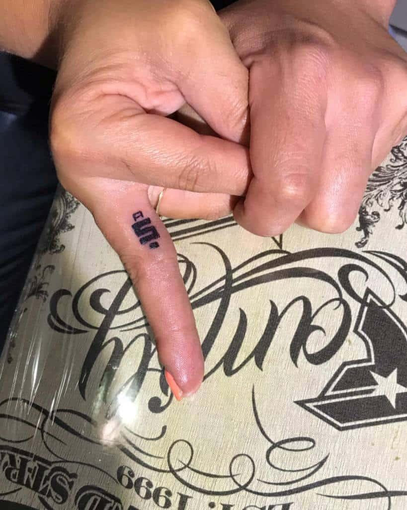 Cool Small Finger Tattoos agapetattoostudio