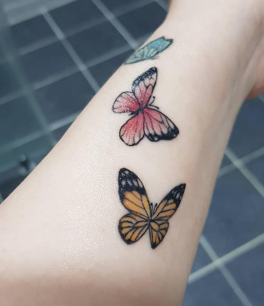 Tatouages de petits papillons colorés Sunny8280