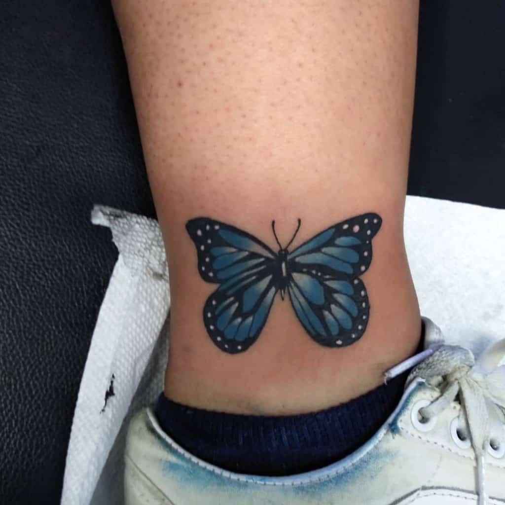 Tatouages de petits papillons Tatouages de cheville Rudy