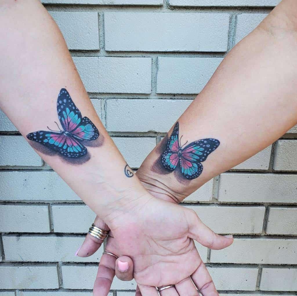 Tatouages de petits papillons colorés Andrew Hanson Tatouage