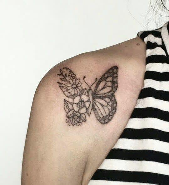 Tatouages d'épaules de petits papillons Tatouage de Soleotzet