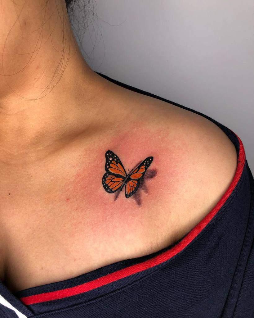 Tatouages d'épaules de petits papillons Stefanotattooist