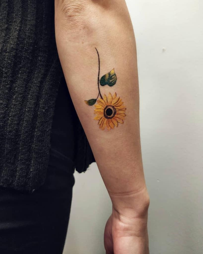 Tatouage d'avant-bras de petit tournesol Angelicasatelje