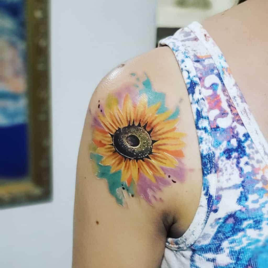 Tatouage de petites épaules de tournesol Tatouage de Rodny