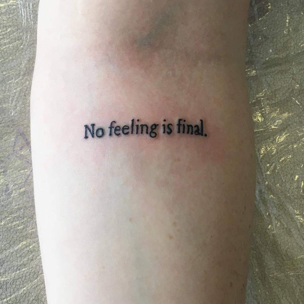 Petits tatouages d'avant-bras significatifs Scarlettdarbytattoo