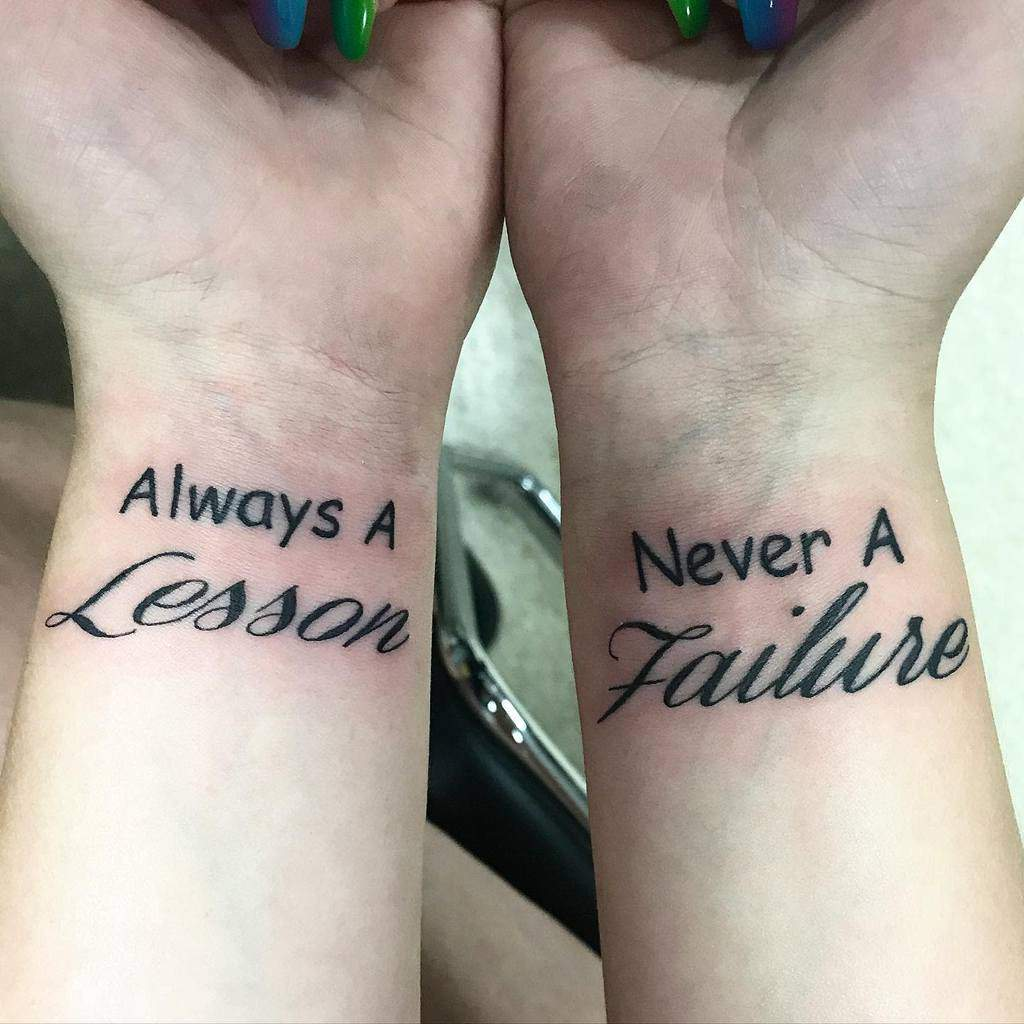 Petits tatouages de poignet significatifs Inksplat13tattoo