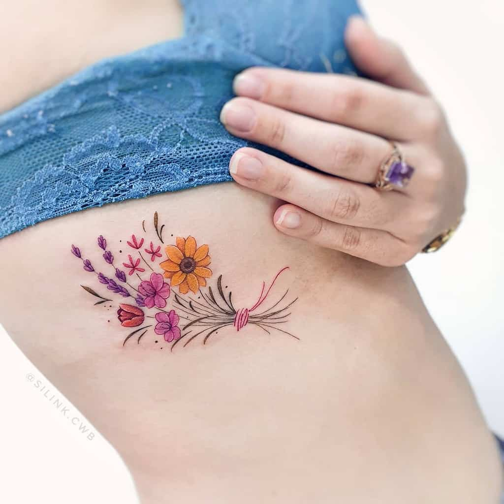 Tatouages de côtes de petites fleurs Silink.cwb