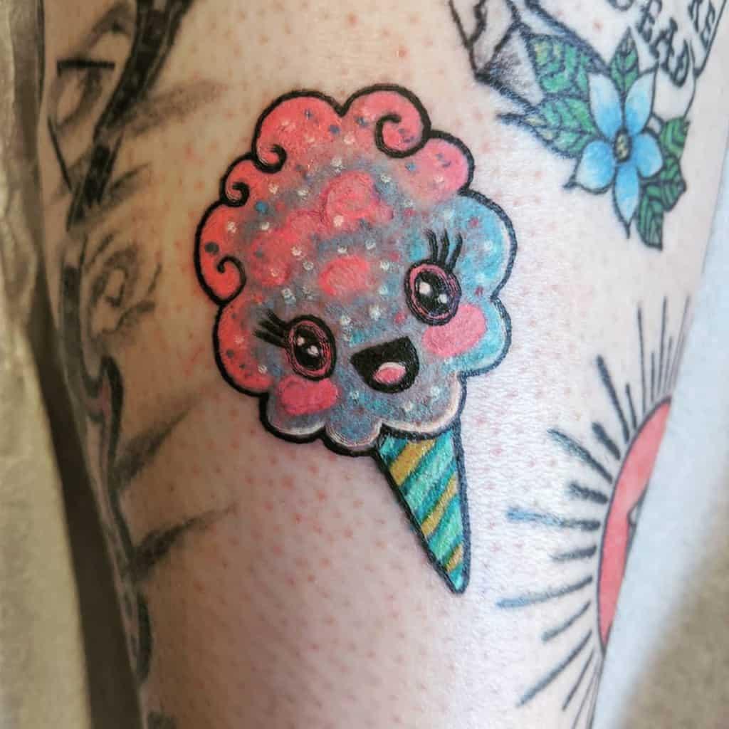 Mignons petits tatouages colorés Cavanagh.tattoos