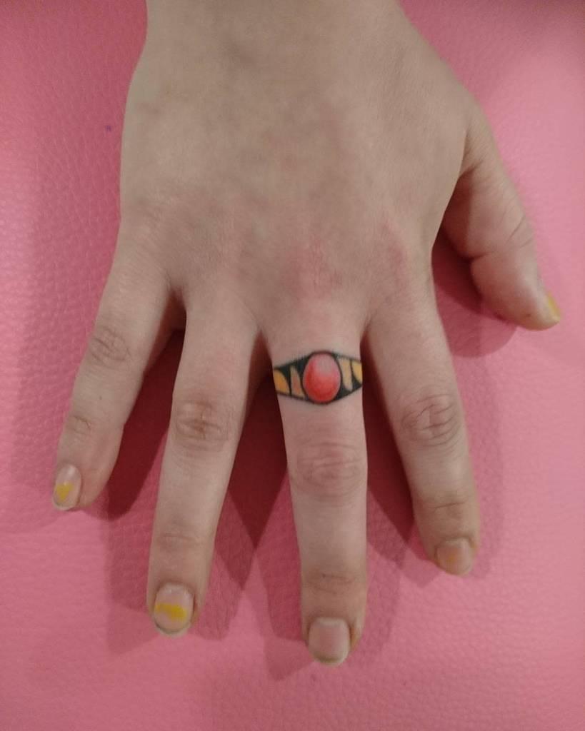 Mignons petits doigts pour les tatouages de main Jamieaustintattoo