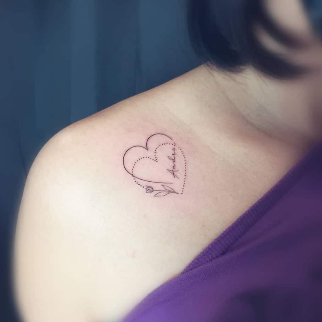 Tatouages de petits coeurs et d'épaules Jiek Wonder
