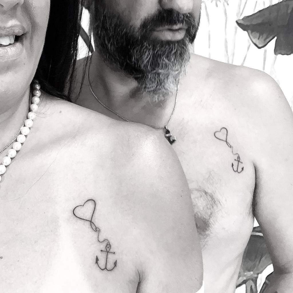 Tatouages de l'épaule du petit coeur Noaholinger