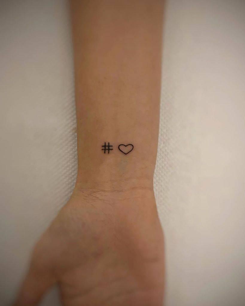Tatouages de poignets à petit cœur F Portefeuille de tatouages Passalacqua